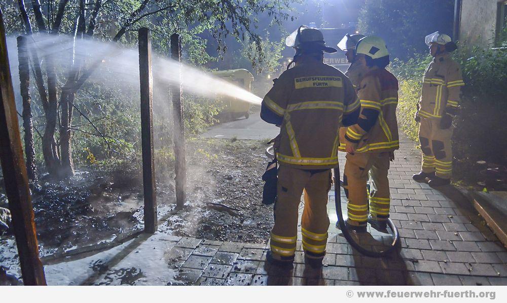 Brand Müllhäuschen